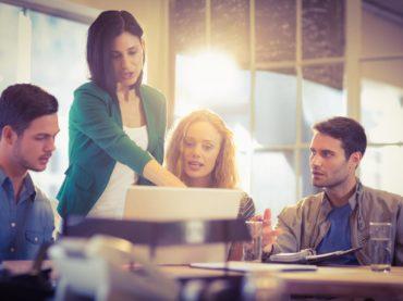 Förbättra teamkommunikationen i mindre företag