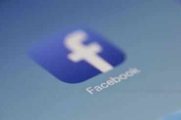 """Hur du hanterar """"ubåtarna"""" på Facebook"""