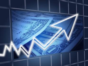 Företag fortsätter låna för tillväxt