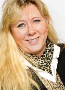 Annica Thorberg arbetar på Marketinghouse och är just nu aktuell med boken LinkedIn för företag som kommer ut på Ekerlids förlag innan sommaren.