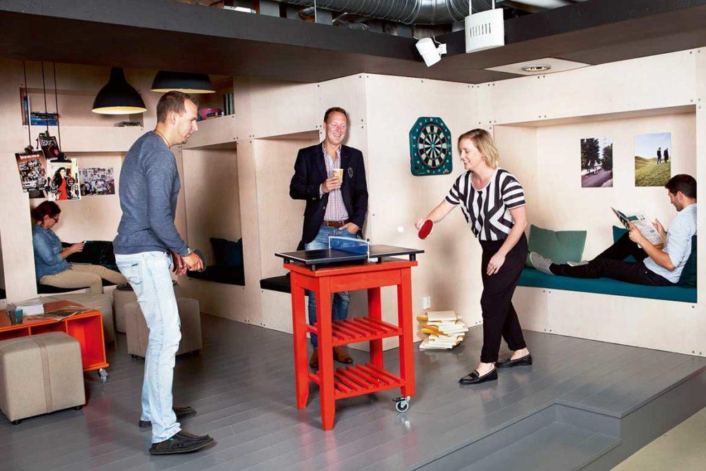 Minc Varje år ansöker cirka 120 entreprenörer till Mincs inkubatorprogram. Av dessa antas ungefär 10 procent. Under tiden som man är med i programmet får man hjälp med att utveckla sin affärsidé och komma snabbt ut på marknaden. Minc ägs av Malmö stad med uppdraget att lyfta fram och hjälpa stadens nya entreprenörer att bygga växande bolag. Foto: Johan Bävman